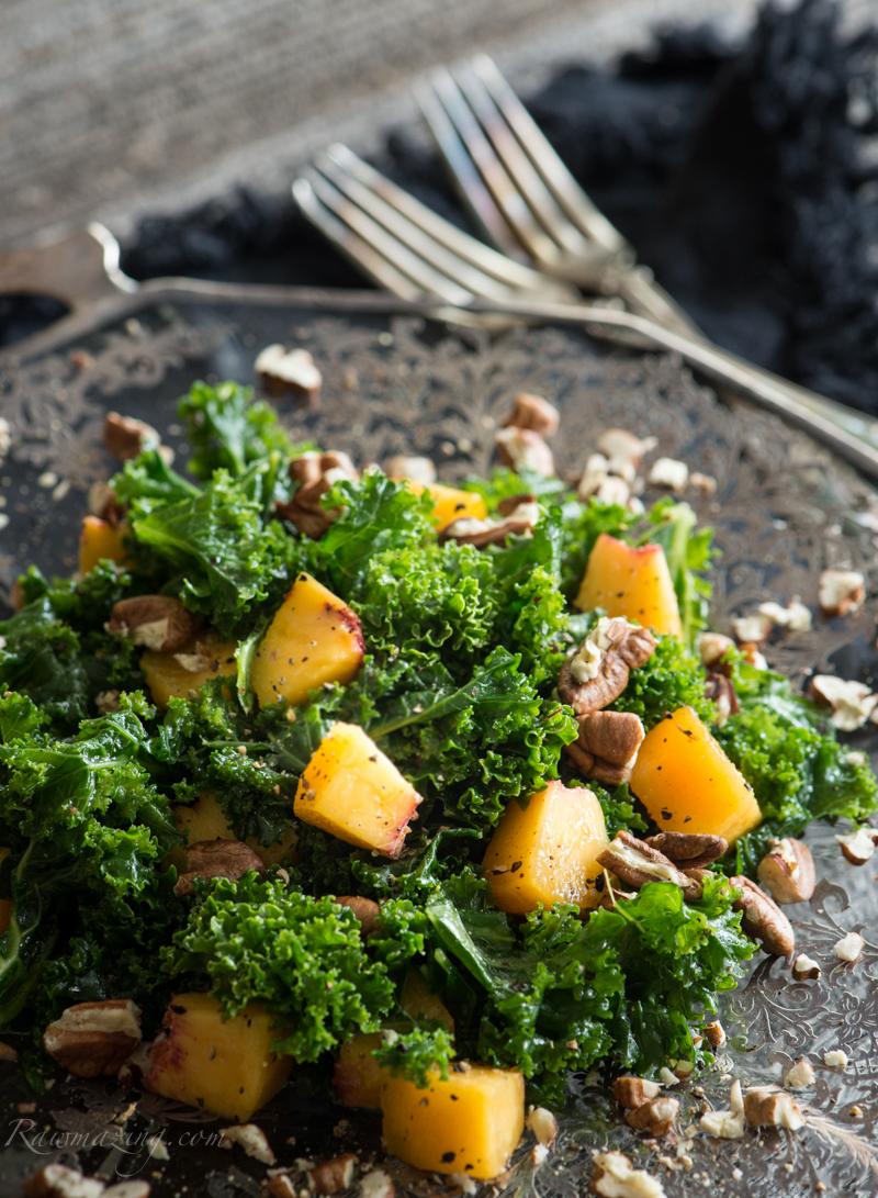 Peach Kale Salad @www.Rawmazing.com